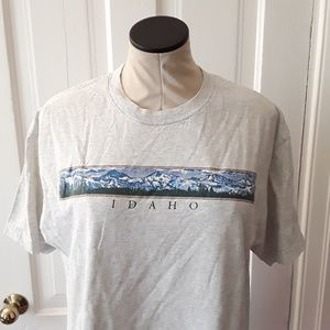 Tops - Vintage Gray Idaho mountain tshirt